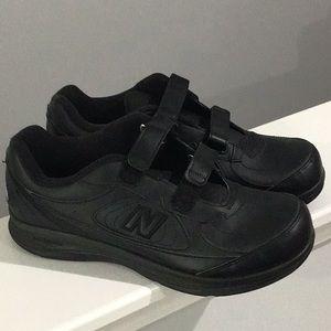 Black new balance walking 577 sneakers